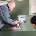 タレパン(タレットパンチプレス)感謝デー「機械は私たちの大切な仲間です」
